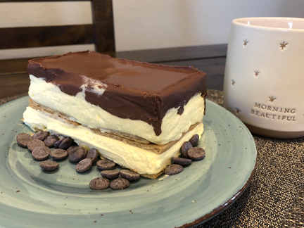 Easy No Bake Eclair Cake
